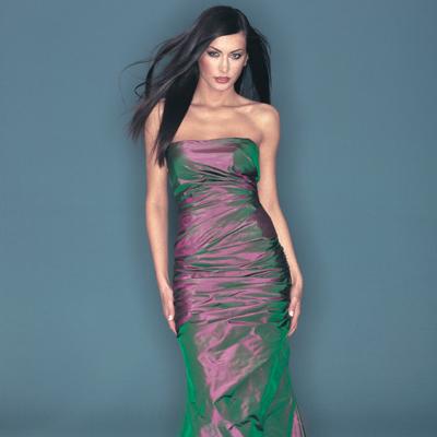 Brautkleider - unsere Spezialität - moderne, farbige Brautkleider ...