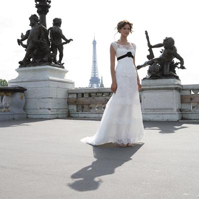 großen Kollektion neuer, einizgartiger und moderner Brautkleider