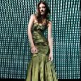 Groene glamourjurk zonder bandjes